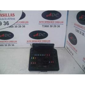Caja fusibles Nissan qashqai 2.0 dci año 2007-014